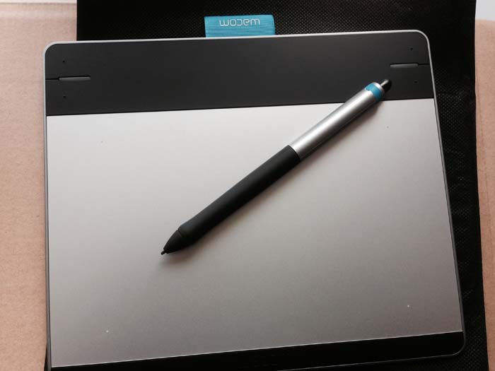 intuos_tablet_and_stylus