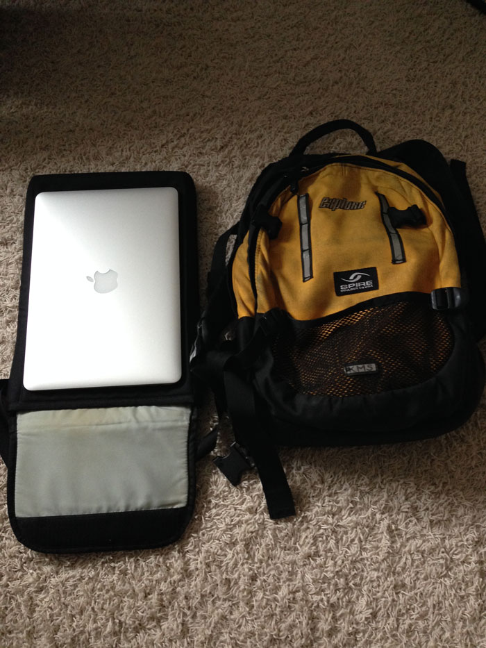 laptop_travel_kit